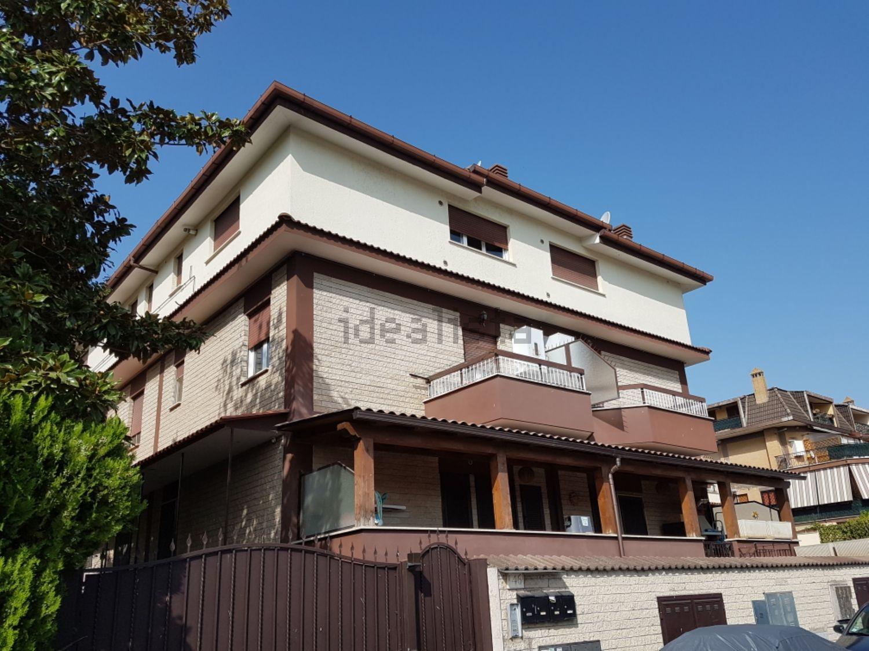 Affitto di monolocale in via placanica for Cerco ufficio in affitto roma